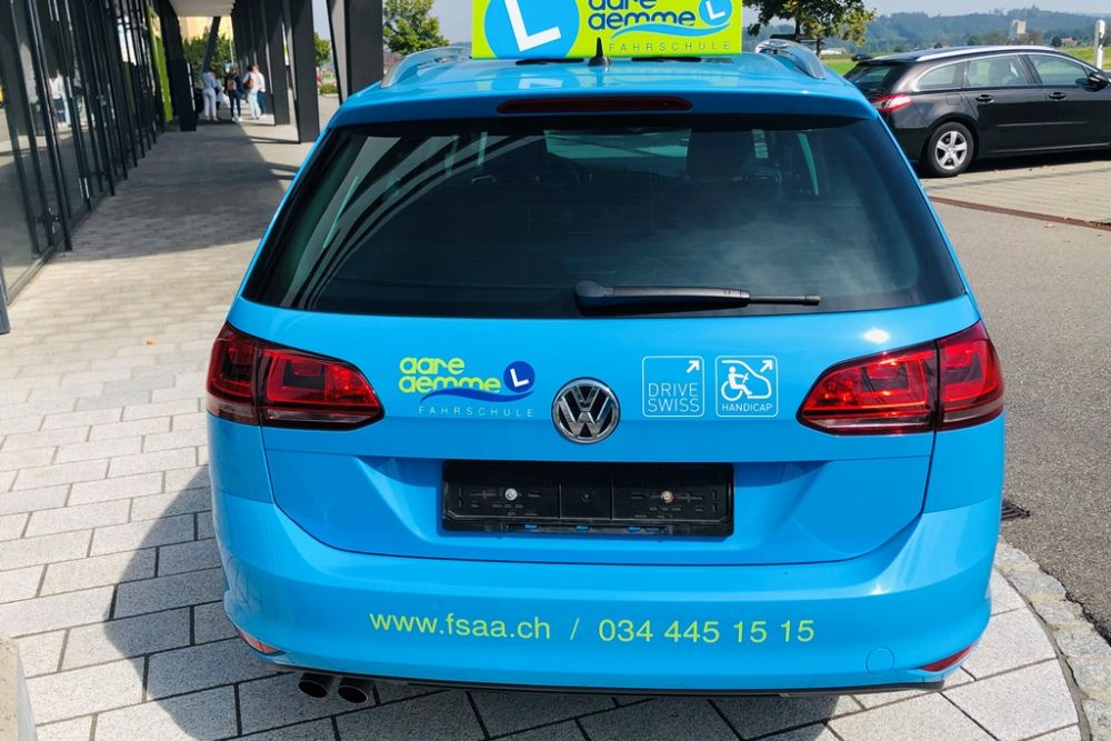 HANDICAP VW GOLF 04