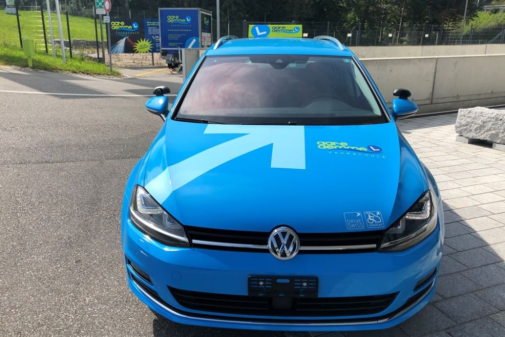 HANDICAP VW GOLF 06
